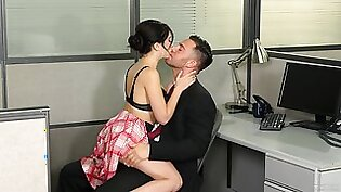 Pussy of cutie Jane Wilde destroyed by a large dick of her BF