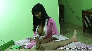 Hotel in Hotel maid started giving erotic massages to guests - MyCuteAsian