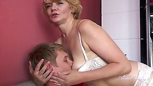 56 year old auntie aliona catches nephew spying on her