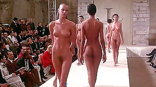 Ready to Wear - Models Going Full Nude on Runway