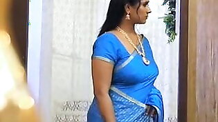 most searched curvy Aunty in blue saree hot !!!