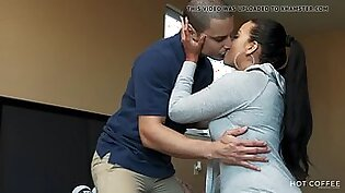 Curvy latina wife cheats on her husband with the cable guy